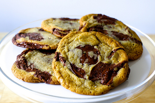Chocolate Chip Treats For Your Next Picnic | Ludy's Kitchen