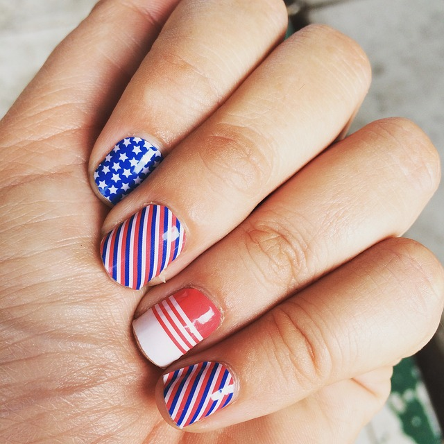 july4nailideas